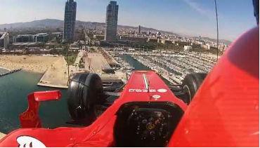 Santander suspende Ferrari em helicópetro