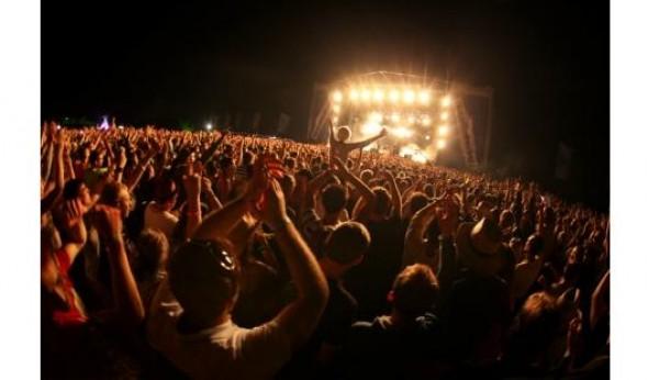 Se quer beber álcool num festival vai precisar de uma pulseira