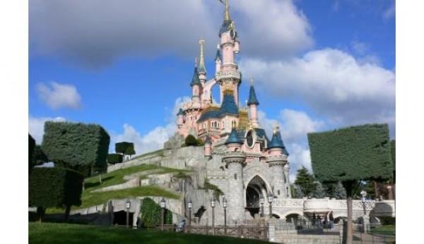 Disneyland Paris cobra mais a ingleses e alemães