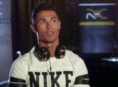 Ronaldo apresenta nova marca