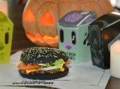 Burger King lança hambúrguer preto em Portugal