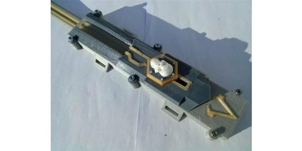 Português usa impressão 3D para recriar arma de videojogo