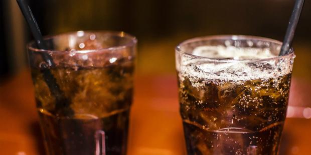 Imposto sobre álcool e refrigerantes com novo aumento à vista