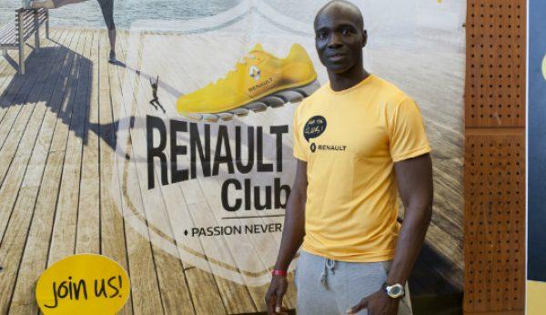 Correr de Renault ao peito