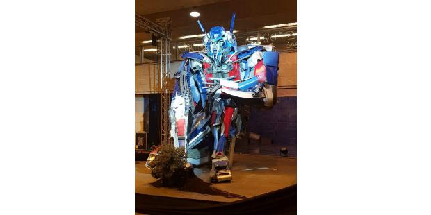 Optimus Prime invade Cais do Sodré