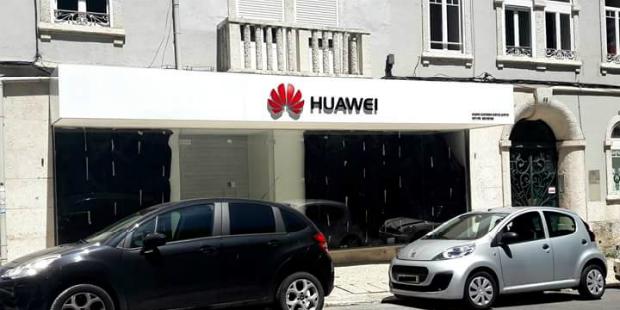 Huawei abre centro de apoio em Lisboa