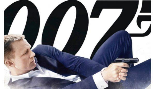 Daniel Craig mantém-se no papel de 007