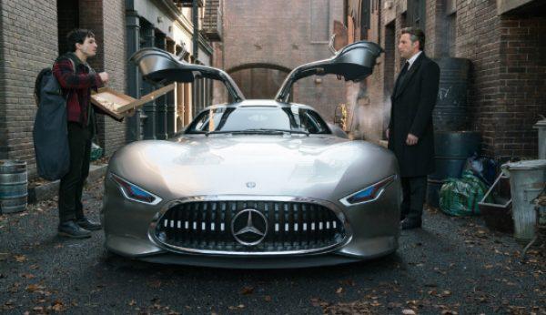 """Mercedes-Benz dá boleia a """"Liga da Justiça"""""""