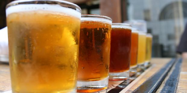 Oitava Colina oferece cerveja a clientes solidários