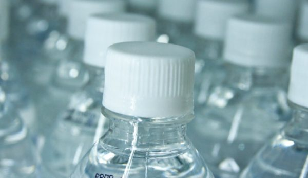 Consumo de água engarrafada cresce 25%