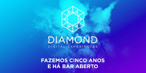 Há bar aberto na agência digital Diamond