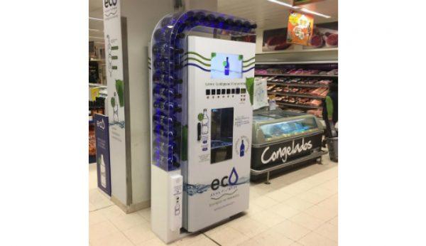 Pingo Doce quer acabar com garrafas de plástico