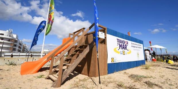 Lidl transforma lixo das praias em equipamentos desportivos