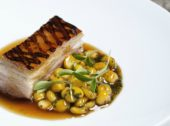 Chef Tiago Santos quer democratizar a gastronomia