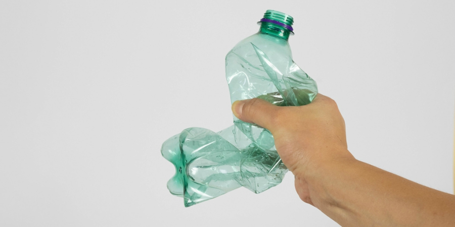 garrafa de plastico 1