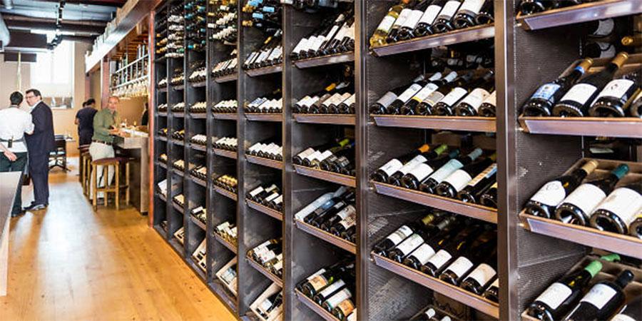 Já provou um vinho de 900 euros? Aqui pode!